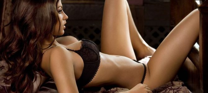 Elevate & Uplift your senses with our Mumbai escorts service